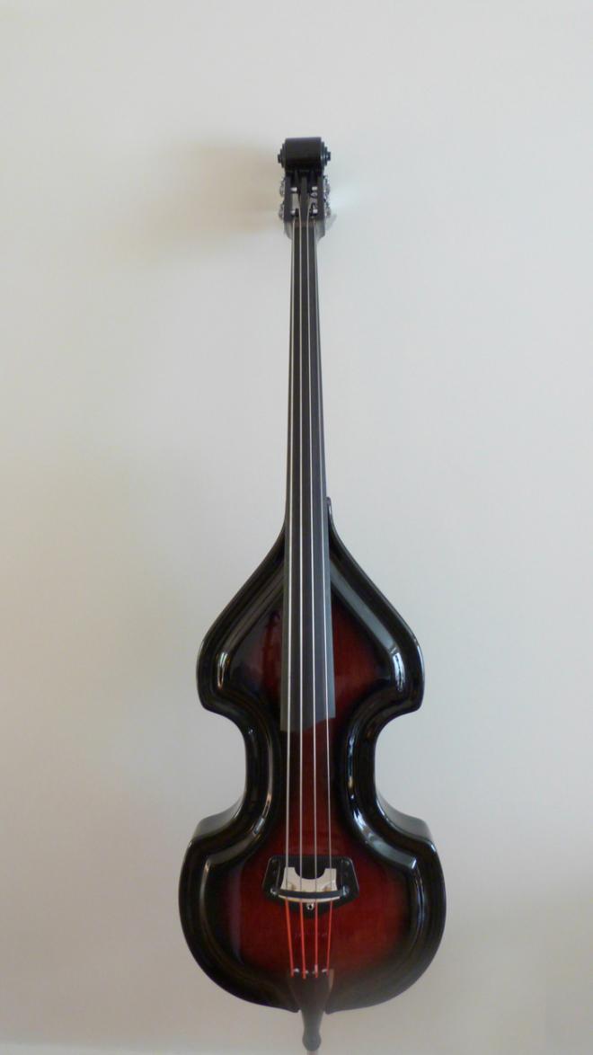 KK Baby Bass Traditional mahogany burst front – electric upright bass
